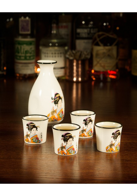 Sake Tokkuri and 4 Cups
